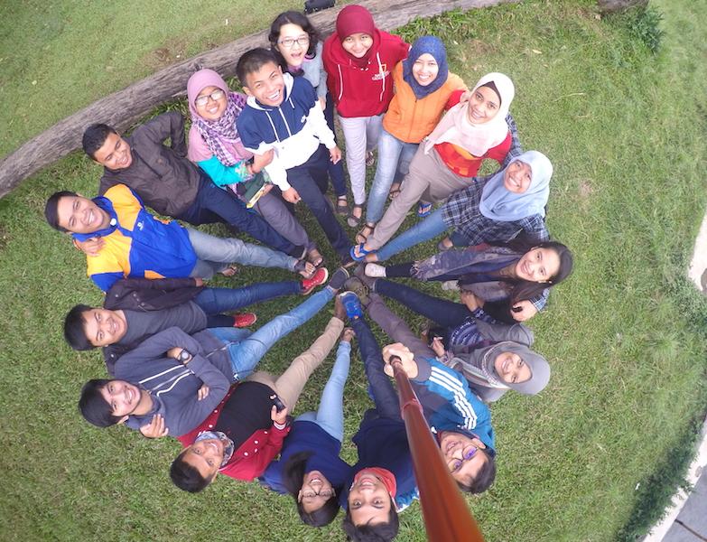 Satukan langkah, menuju impian, Indonesia lebih baik