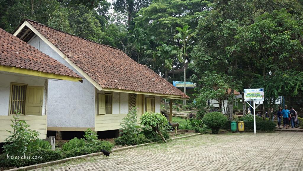 Tipikal rumah di Kampung Pulo