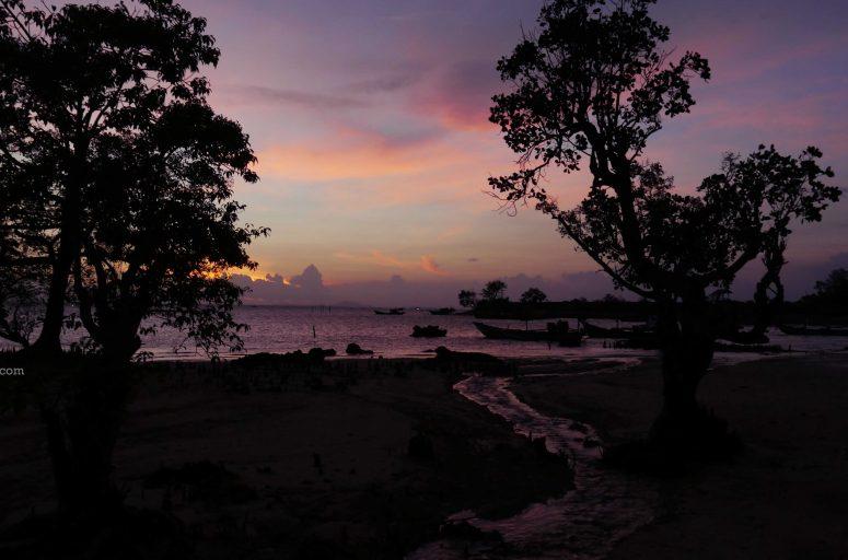 Pantai Legon Guru, Ujung Kulon