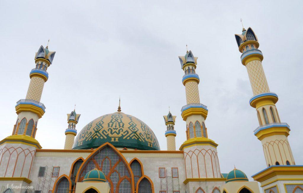 Masjid Hubbul Wathon Lombok