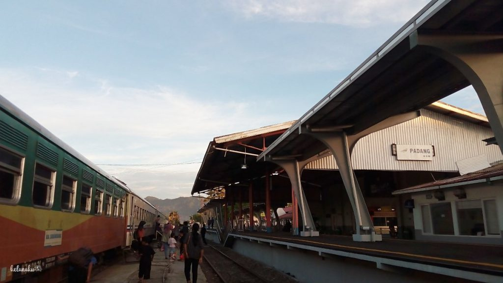 KA Sibinuang Padang-Pariaman (sumbar), kelanaku.com