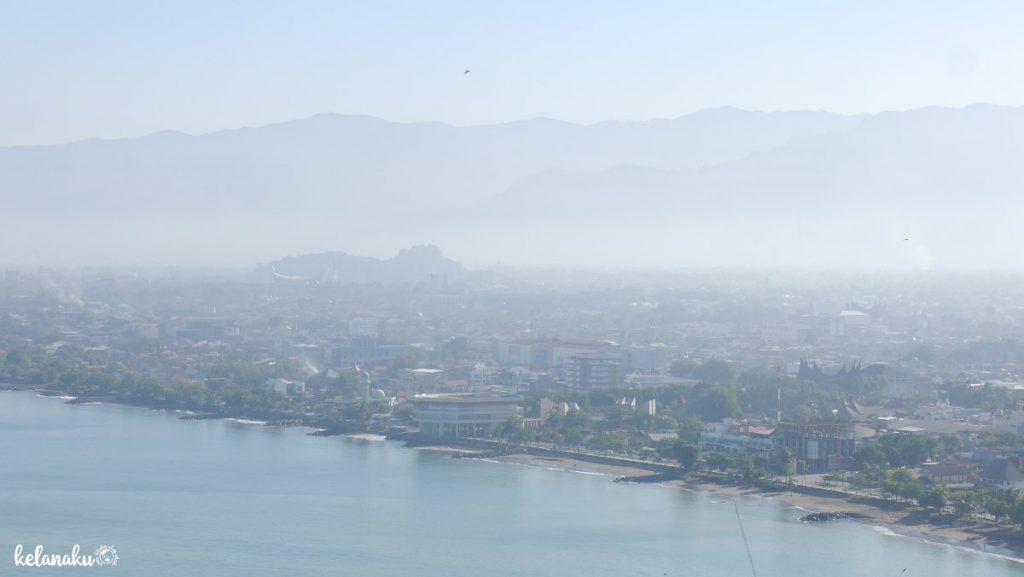 Panorama dari Gunuang Padang