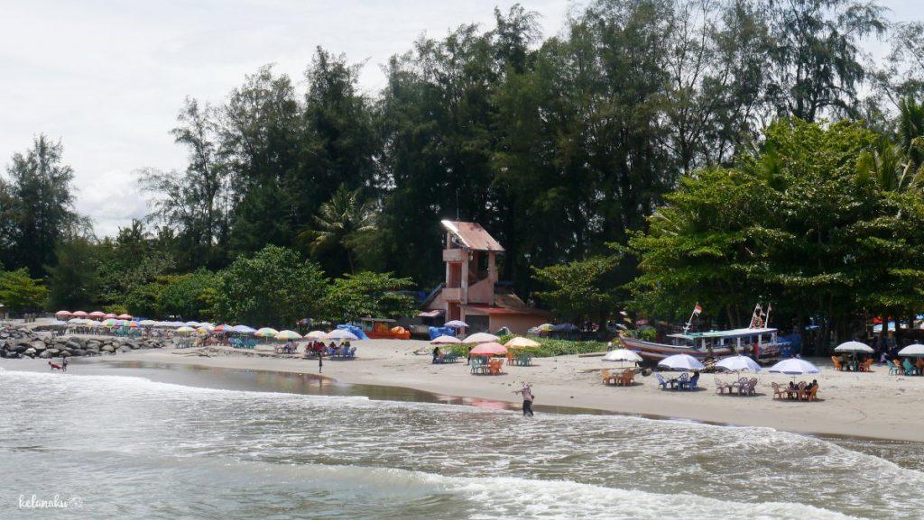 Pantai Gandoriah, kelanaku.com