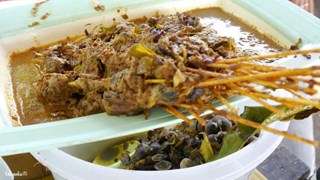 kuliner di Pantai Gandoriah, kelanaku.com