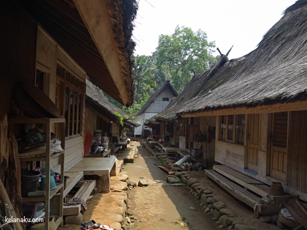 Rumah-rumah di Kampung Naga