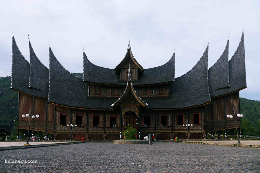Istana Basa Pagaruyung