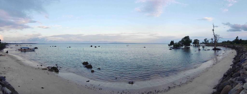 Pantai Legon Guru