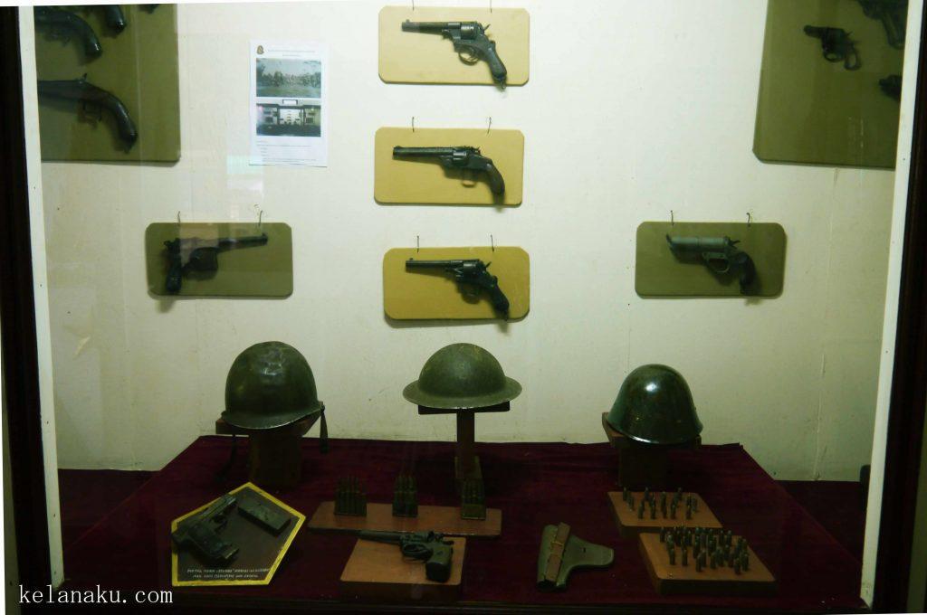 Salah satu koleksi museum_362