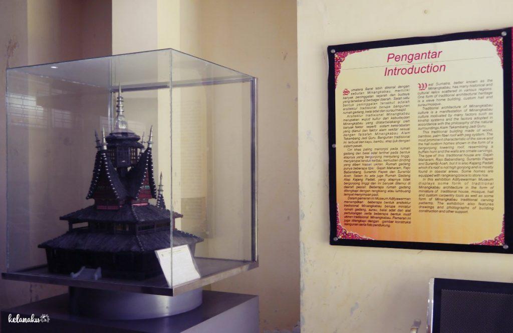 Replika Surau Minangkabau