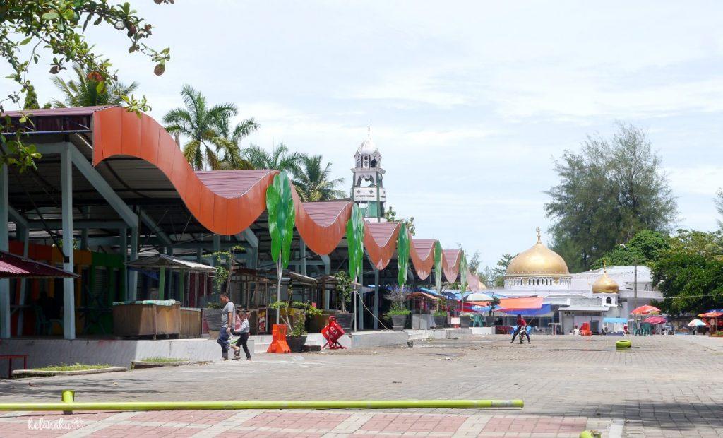Pantai gandoriah, fasilitas, kelanaku.com