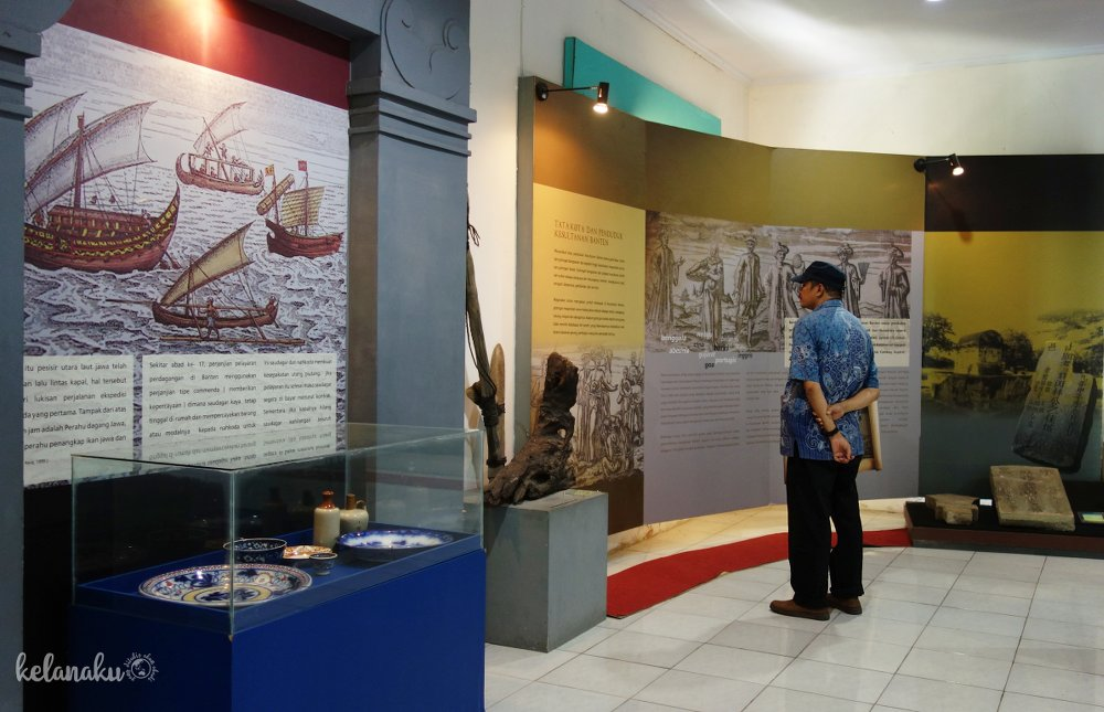 Gambaran kapal-kapal pedagang yang berdatangan ke Banten