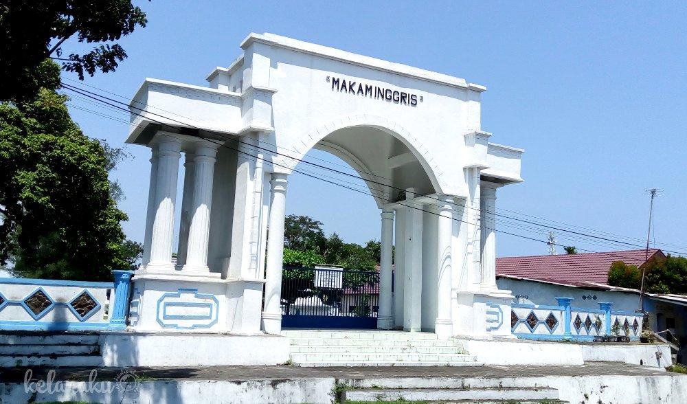 makam inggris kota bengkulu