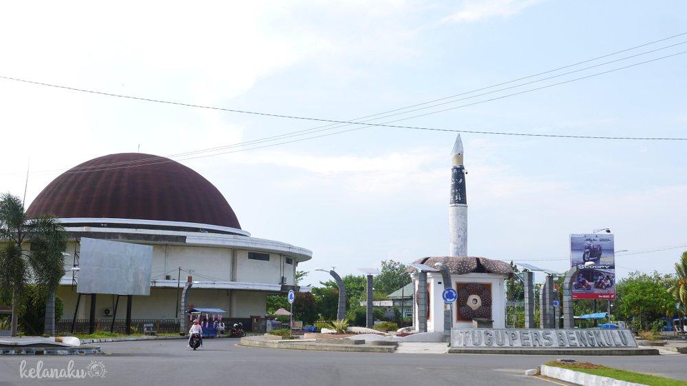 Wisata Bengkulu, Tugu Pers Bengkulu