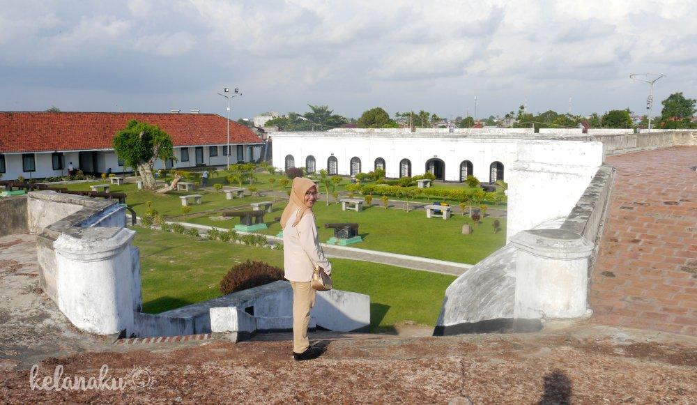 Wisata Bengkulu, Benteng Fort Marlborough
